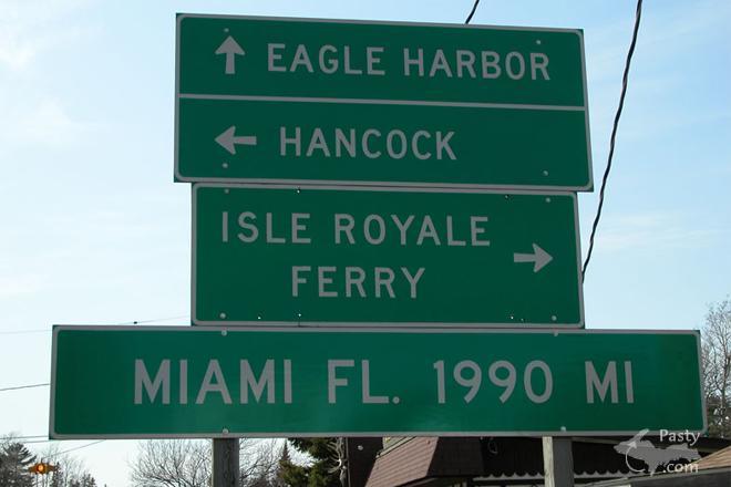 Copper Harbor sign