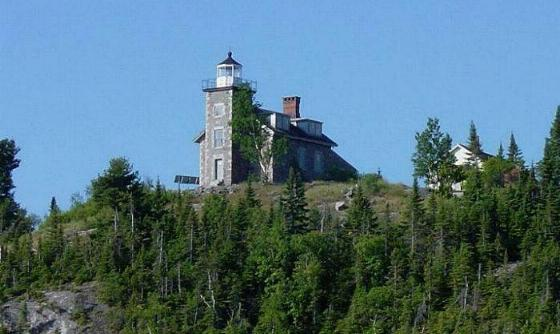 huron_island_lighthouse