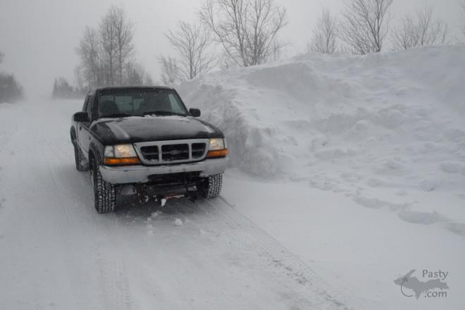H <BR>UGE snowbanks