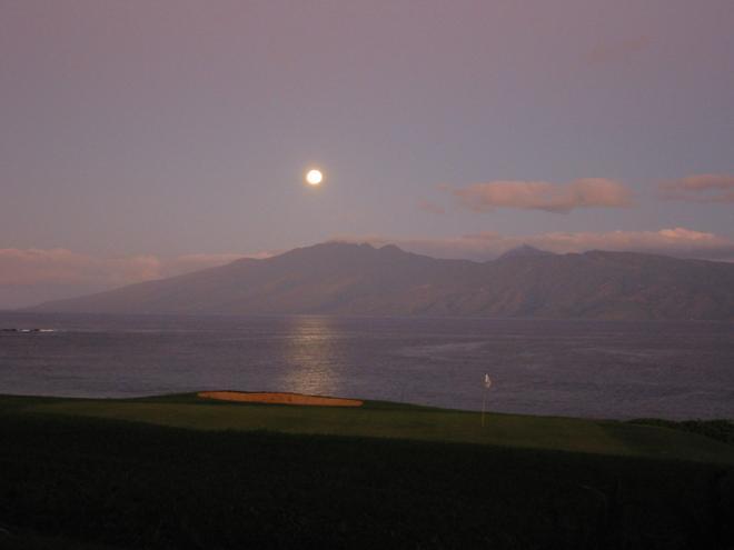 Hawaii moonset