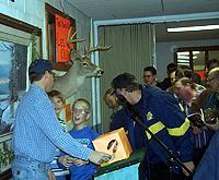 Jerry Keranen with the door prizes